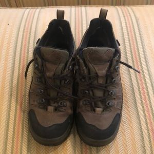 LLBean Women's Walking trainers/boots